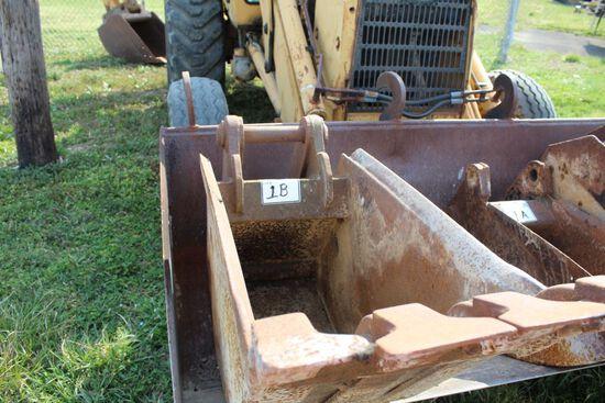 24 INCH FORD BACKHOE BUCKET