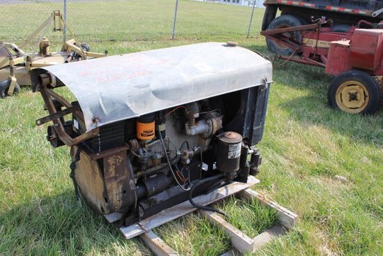 GLEANER COMBINE ENGINE