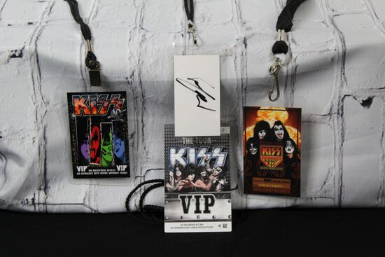 Lot of VIP Kiss tickets with one that is Autographed