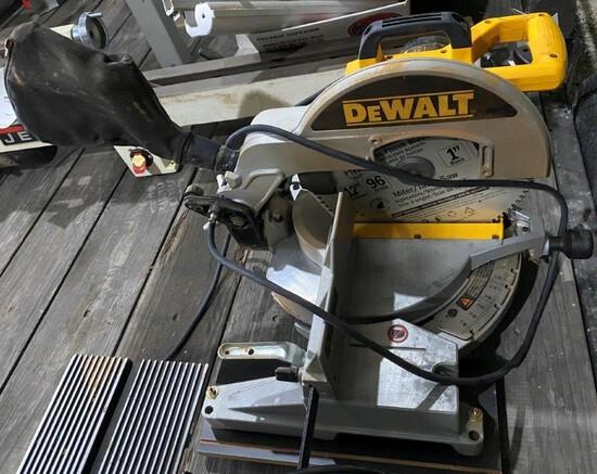"""DeWalt 12"""" Compound Miter Saw"""