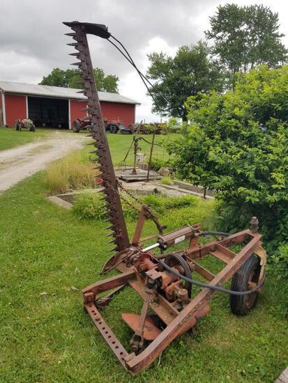 IH Drawbar Mounted 7' Sickle Mower w/ Cylinder