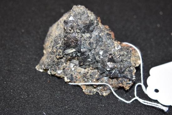 Chunk of Magnetite Tetras 1lb 1.14 oz
