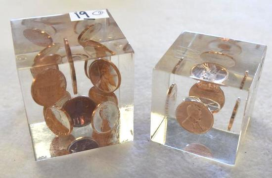 Set of 2 Plexi cube Paperweights with Lincoln Cents Inside