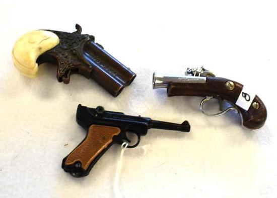 Vintage Toy and Cap Guns: Nichols, Paratrooper, Hideaway