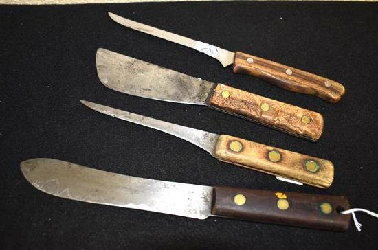 Antique/Vintage Knives: One wood handle with oak leaves carved and bolo style blade; Mixed lot