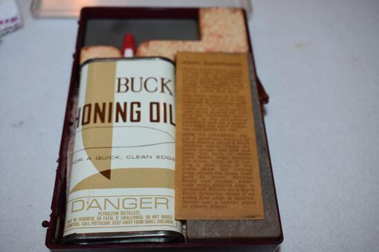 Buck Knife Vintage Honing Kit with Sharpening stones & Oil