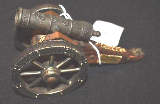1863 Style 7 in small canon, toy horse