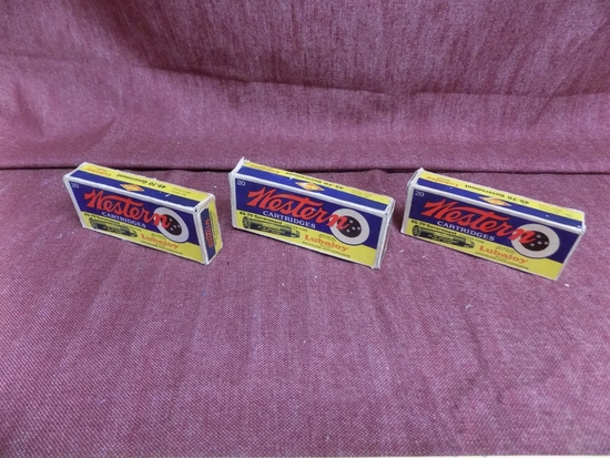 3 vintage boxes of western 40-70. 49rds total.