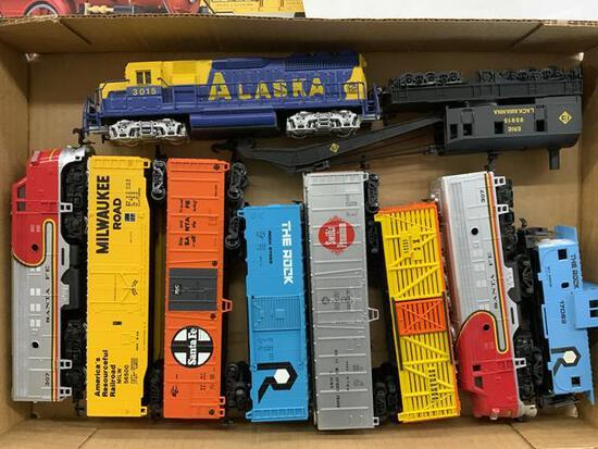 10 pieces Ho scale train cars