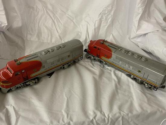 2 lionel santa fe engines #2353/2363 in original boxes
