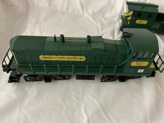 k-line 4 pc train set. Engine/gondola/caboose/transformer