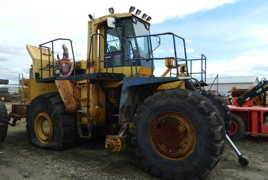 Komatsu WD 600 Rubber Tire Dozer