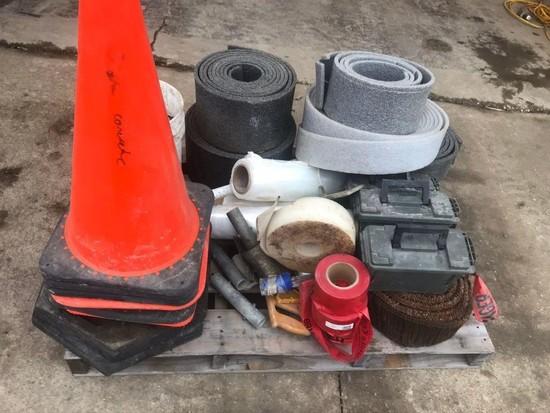 Pallet of miscellaneous concrete accessories