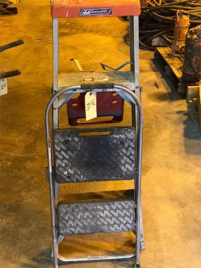 1- 2ft & 1 - 4ft aluminum ladder