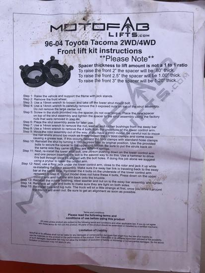 Leveling kit for Toyota Tacoma