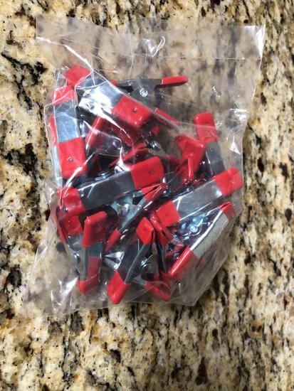 Bag of 20 NEW Metal Clamps