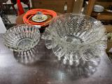 Glass serving set with bowels and cups