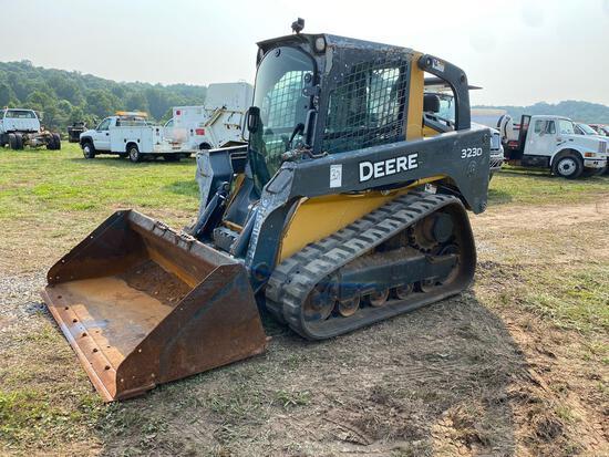 Deere 323D Track Skidsteer