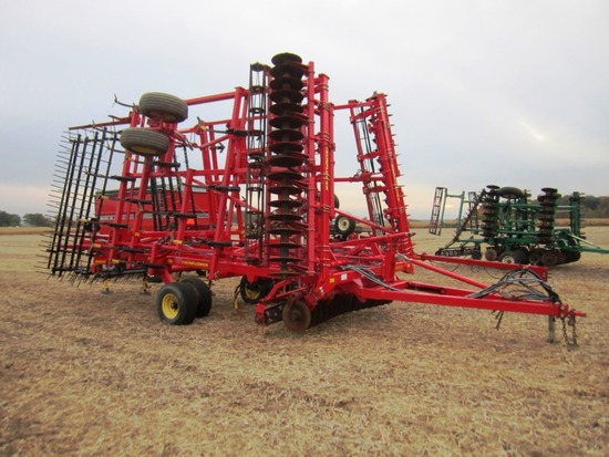 2013 Sunflower 6333-31 Soil Finisher