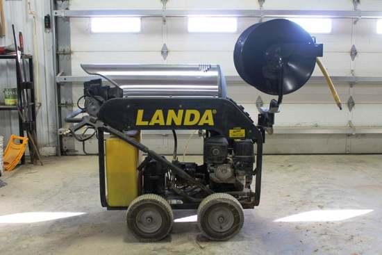 Landa MHC4-3500E Gas Powered Hot Water Pressure Washer