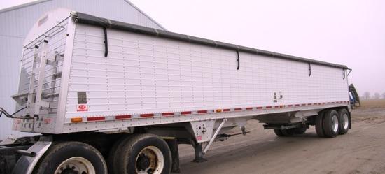 2014 Wilson 40' Commander Aluminum Dbl. Bottom Hopper Grain Trailer