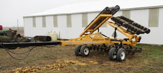 J&M TF212 32' Torsion Flex Soil Conditioner
