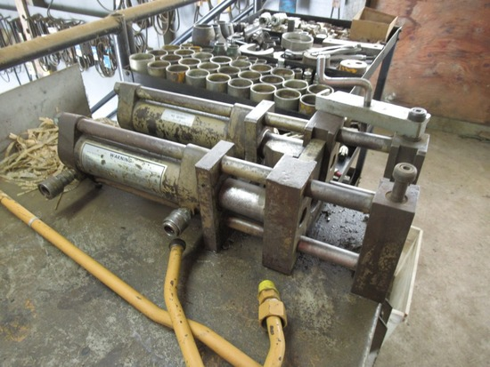 Caterpillar 5s2801 Hydraulic Hose Press w/ Dies