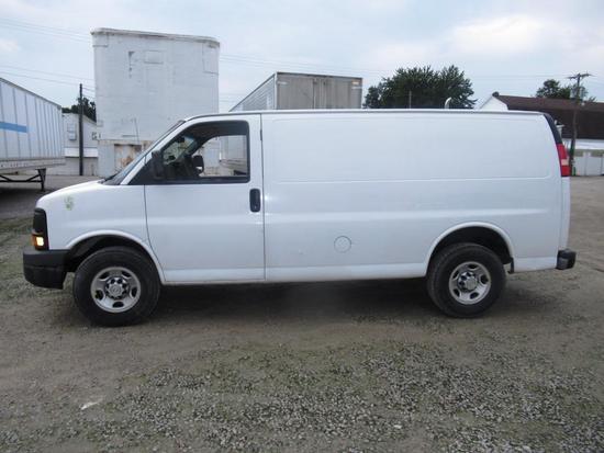 2010 Chevrolet 2500 Express Cargo Van