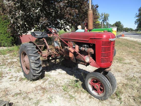 Farmall BN Tractor - NO RESERVE
