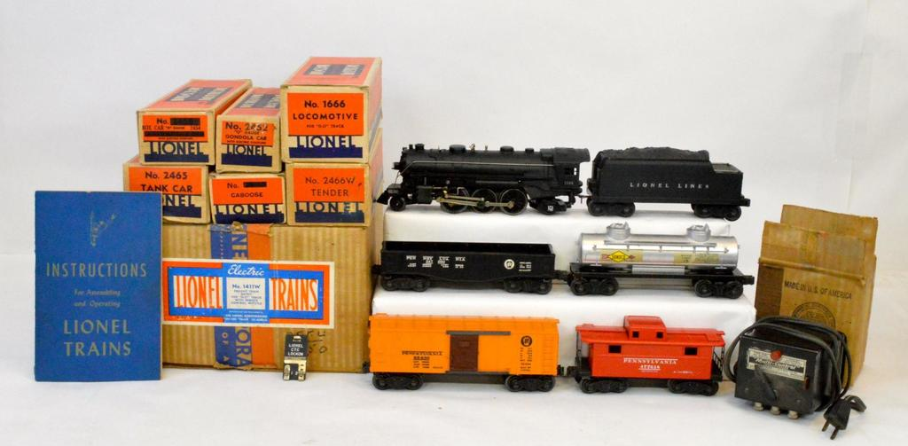 Vintage O scale O gauge model and toy trains day 1