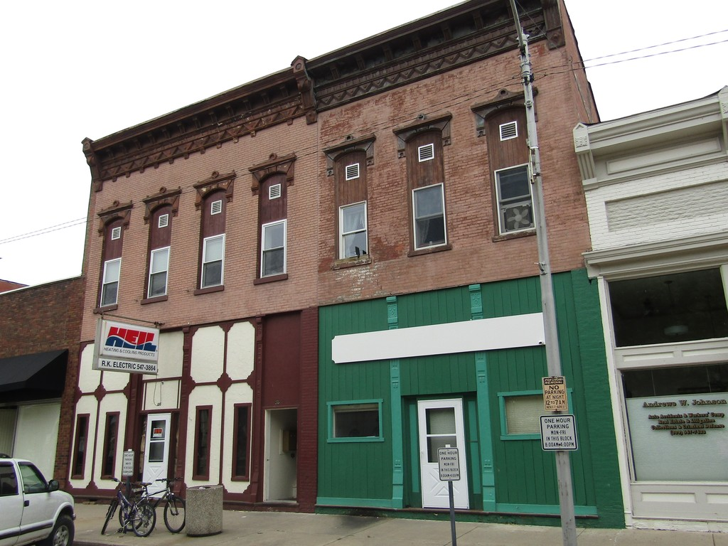 Online Only Real Estate Auction - Lewistown, IL