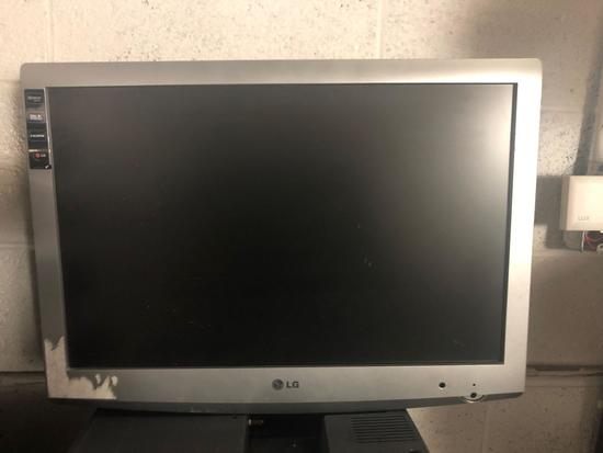 Five Flat Screen LG TVs
