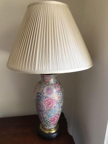 Retro Vase Style Lamp