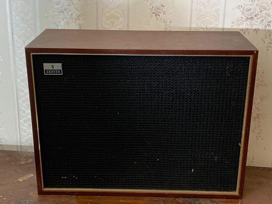 Zenith Wall Speaker
