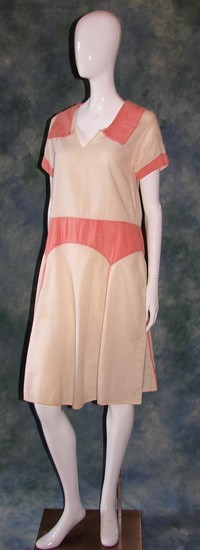 Vintage Ladies 1920s Pink And White Stylish Drop Waist Linen Dress