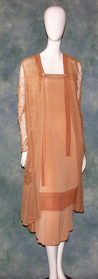 Vintage Ladies 1920s Peach Silk Crepe Drop Waist Dress With Long Lace Over Jacket