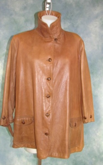 Vintage Ladies 1920s Oversized Leather Jacket Marshall Field Co. Sports Apparel With Belt