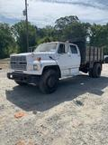 Ford S/A 10Ft Stakebody Flatbed Truck