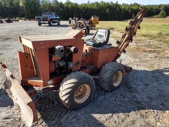 Charles Machine Works J20D Ride On Trencher