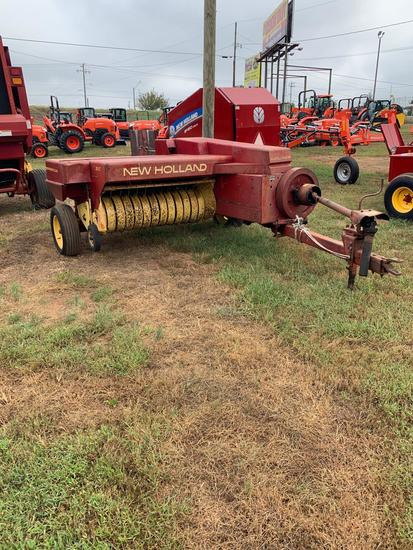 Sperry New Holland 310 Square Baler