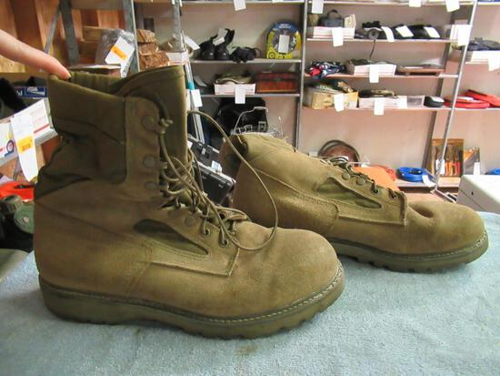 Military - Boots sz 12.5