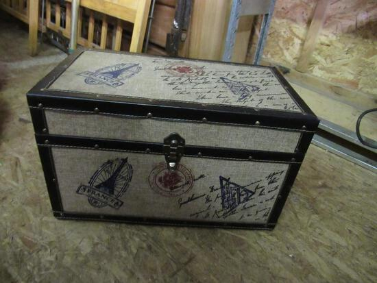 Trunk for Keepsakes 20x11x12 NO SHIPPING