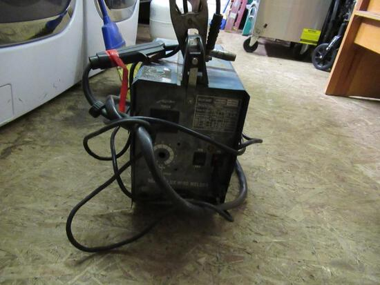 Chicago Electric Welder NO SHIPPING