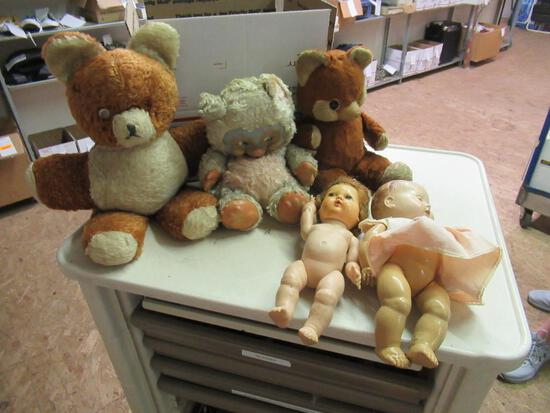 Vintage Bears and Dolls