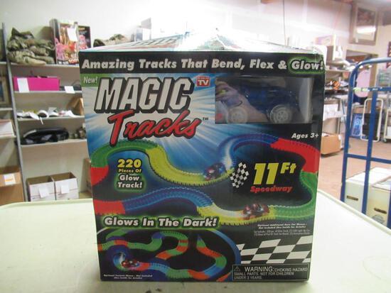 New Kids Magic Tracks Race Track