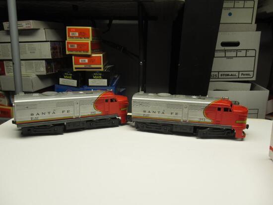 Lionel Santa Fe 212 power unit and dummy unit