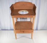 Early Country Wash Stand