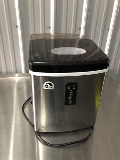 Igloo countertop ice machine