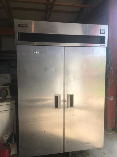 Delfield Co. Commercial Freezer, Model 6151-S, in working condition