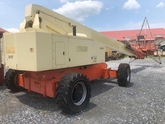 JLG model 2000 with 5014 hours reconditioned Diesel engine